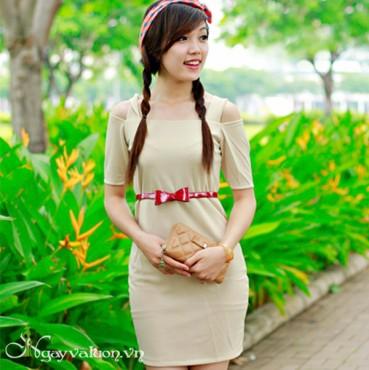 Đầm Kem Tay Lỡ